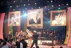 Chucky Acosta, Ray Polanco, Rafely, Raffy Matías actuaron en el segmento homenaje a colegas fenecidos (Tony Seval, Juanchy Vásquez, Pepe Rosario y Jochy Hernández).