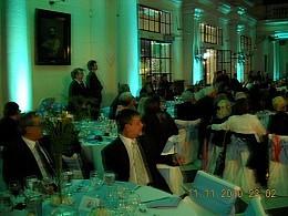 Vistas del salón en momentos previos a la cena. [Foto AHAL]