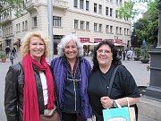 Olga Machalek, Hilda Reynoso y Cris Salcedo en Barcelona, Espaa 2011 [Foto Ariel Lichtig]