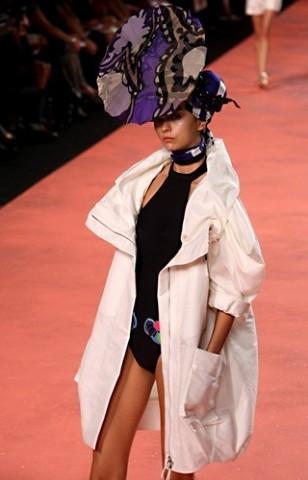 Défilé Christian Lacroix P-A-P, Printemps-été, 2008, Prêt-à-porter [Alain Aubert]