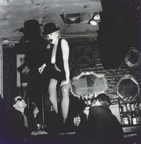 HELMUT NEWTON (1920-2004)