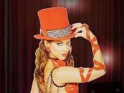 """Julia Montiliengo baila en """"Los Locos Mandan"""", Teatro Broadway, Dirección Artística Flavio Mendoza, Dirección General Nito Artaza"""