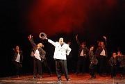 A toda orquesta, final de Corazones Conquistados, genial creación de Alberto Agüero.