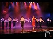 [Foto Cristina Rivera para Alberto Agüero Show]Y todo es tap. Teatro Astral 22 nov 2006