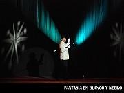 Fantasía en Blanco y Negro, No me dejes soloRecordándote; en el Teatro ND Ateneo, Buenos Aires, 03 diciembre 2009.Rolando Agüero [Foto Antonio E. Fresco]