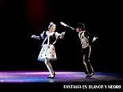 Fantasía en Blanco y Negro, Juegos a la Hora de la Siesta 2; en el Teatro ND Ateneo, Buenos Aires, 03 diciembre 2009. Sofía Bobbio y Lautaro Noriega [Foto Antonio E. Fresco]