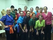 Las damas del cuadro &quot;Mis Primeros Pasos&quot;, Divertimento en Tap 2011. Al frente, de izquierda a derecha: Lilia Leirado, Vanesa Pawlowski, Ana Mara Garca, Susana Bravo, Marta Palamas. Atrs, Malena Musante, Mnica Gerino, Claudia Sharovsky, Viviana Manusia, Solange Bertran, Virginia Prozzi, Griselda Calafell, Paula Gndara.