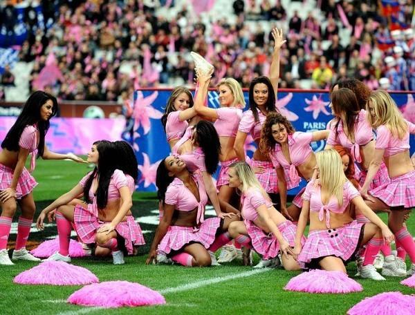 [Crédits photo : Panoramic Français]Les Pom Pom Girls ont assuré le spectacle au Stade de France pour la rencontre de Top 14 opposant Toulouse au Stade Français