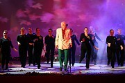 Alberto Cormillot en CINCUENTAP, Teatro Broadway, Avenida Corrientes 1155, Buenos Aires, el lunes 24 de octubre de 2011